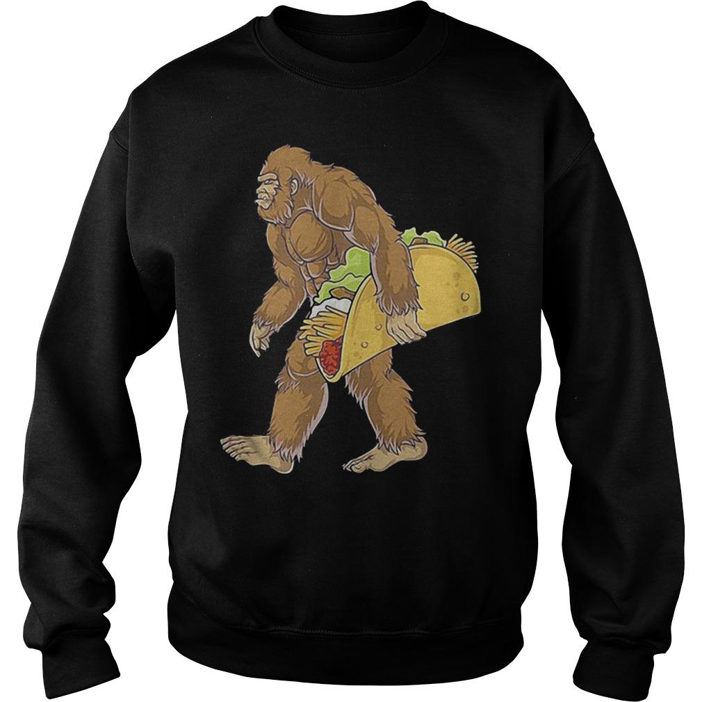 Bigfoot Carrying Taco Shirt Sweatshirt Unisex