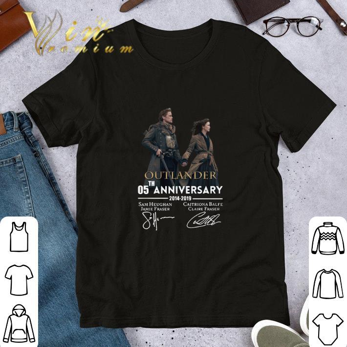 05th Anniversary Outlander 2014 2019 Signatures Shirt 1 1.jpg